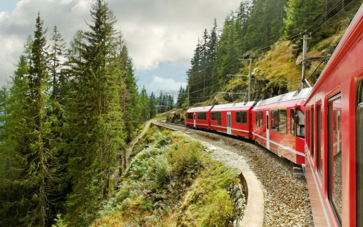 Bernina_AP45931230_Travel-large