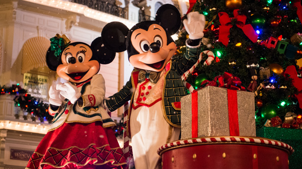 experiences-very-merry-christmas-wdw-story-highlights